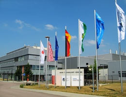 Advanced Mask Technology Center GmbH & Co. KG